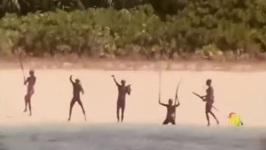 Américain tué par une tribu: l'Inde renonce à enquêter