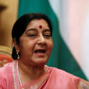 Quand une tunisienne de 31 ans impressionne la ministre indienne des Affaires étrangères, Sushma Swaraj