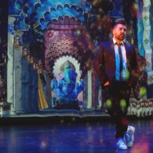 """BOLLYWOOD – Dans les coulisses du nouveau show de Chris Marques – """" Alors on danse """" : le spectacle rêvé de Chris Marques"""